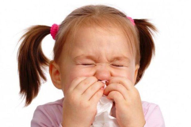 Температура, кашель и насморк у ребенка - причины и что делать