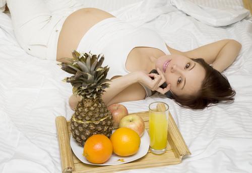 Как влияет насморк на плод при беременности и чем он опасен