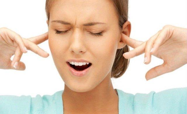 Заложило ухо и шумит – причины шума и что с ним делать