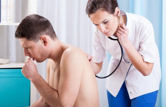 Белый налет на миндалинах без температуры в горле