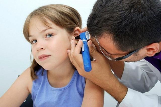 Экссудативный отит у детей – лечение среднего уха у ребенка