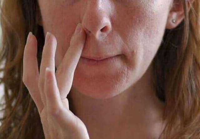 Чем лечить ранки и трещины в носу – что делать при язвочках