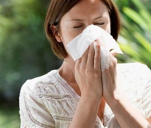 Ком в горле и тяжело дышать - почему затруднено дыхание