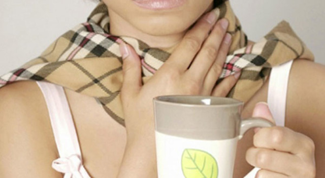 Чем полоскать больное горло при простуде