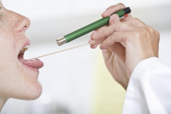 Лечение боли в горле с температурой от 37 до 39 – чем и как лечить