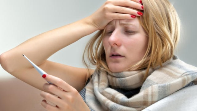 Что делать, если у ребенка ангина и высокая температура – как сбить