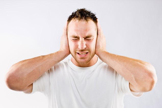 Чем лечить стреляющее ухо в домашних условиях – что и как делать