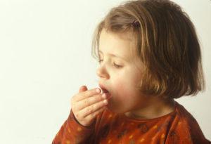 Першит в горле у ребенка - причины, что делать и как лечить