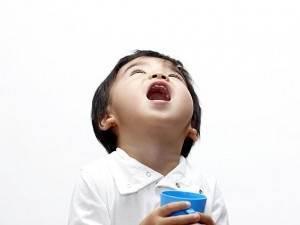 Как проверить и понять, что у ребенка болят уши – способы определить и узнать