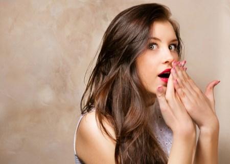 Почему появляются белые пробки в горле – причины гноя на миндалинах