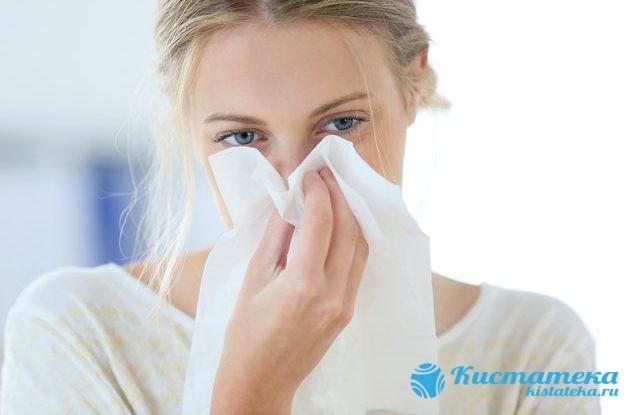 Причины возникновения в носу кисты, способы лечения