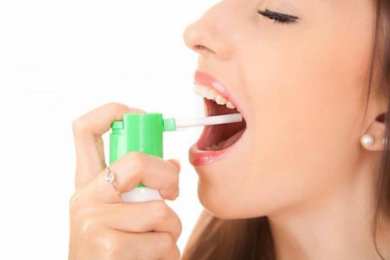 Какие существуют виды лекарств от горла - их особенности и способ применения