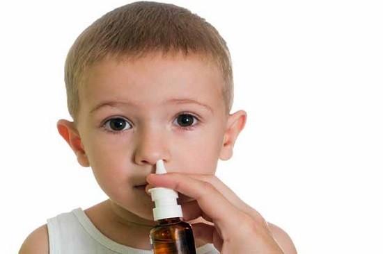 Причины появления соплей у взрослых и детей