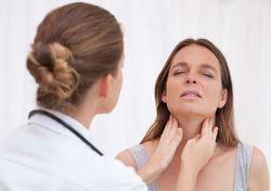 Температура 37-38 и першение в горле – причины и лечение