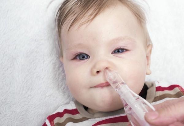 Что делать, если у новорожденного заложен нос – как лечить месячного ребенка