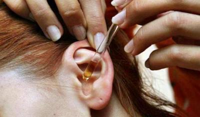 Камфорное масло в ухо – инструкция по применению и как его капать для лечения