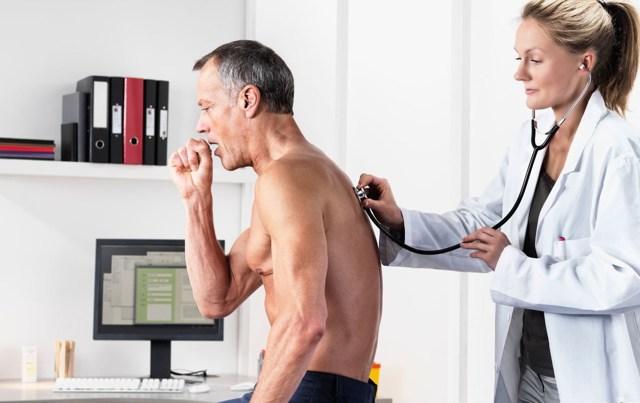 Как лечить сухой кашель у взрослых – что делать, чтобы быстро избавиться
