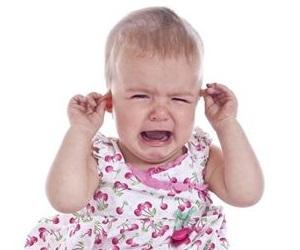 Признаки и симптомы отита у детей от 1 до 3 лет
