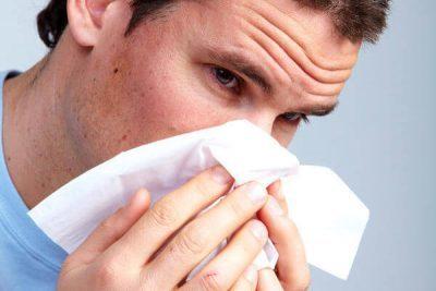Как лечить гнойный ринит и насморк у взрослых и детей