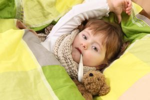 Сколько держится температура при ангине у детей – и почему она возникает