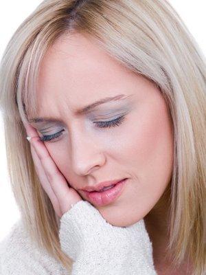 Народные средства от боли в ухе – чем лечить взрослых дома
