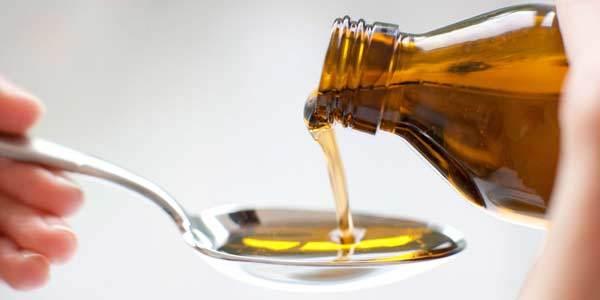Какие бывают сиропы от кашля и как их правильно применять
