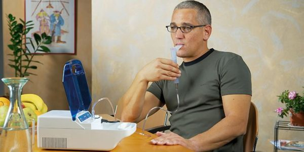 Ингаляции при боли в горле в домашних условиях и в поликлинике