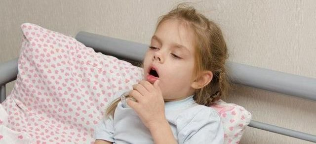 Лечение стеноза гортани у детей - первая помощь и терапия в домашних условиях
