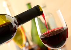 Теплое и горячее красное вино от кашля для лечения – рецепт напитка