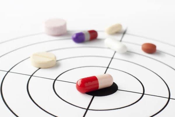 Как вылечить ангину без антибиотиков у взрослого и можно ли это сделать