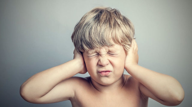 Лечение гнойного отита у взрослых – что делать если течет гной из уха
