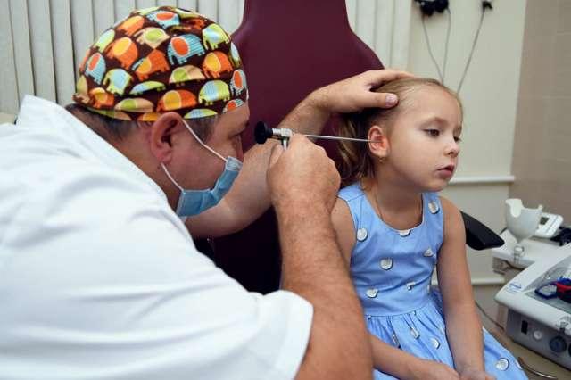 Лечение отита у детей - чем и как снять боль и воспаление у ребенка