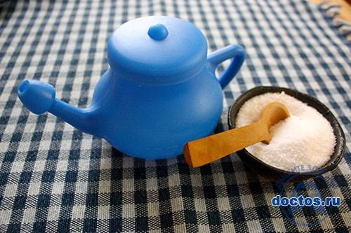 Промывание носа солевым раствором при насморке - рецепт воды с солью