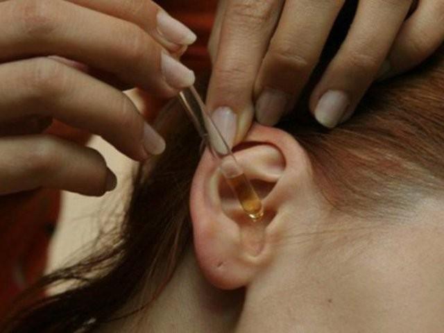 Фурацилиновый и левомицетиновый спирт в ухо ребенку – инструкция по применению