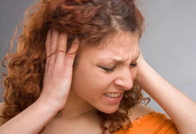 Что такое отосклероз - симптомы и лечение амбулаторно и народными средствами