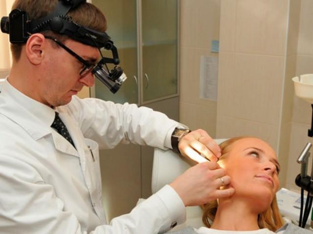 Свищ на ухе - что это такое и лечение заболевания у ребенка и взрослого