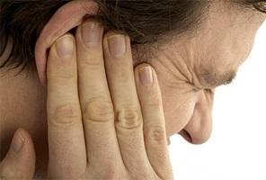 Как восстановить слух после отита и что делать, если плохо слышит ухо