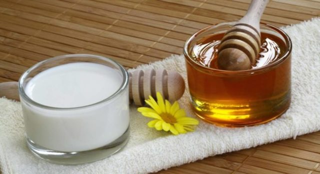 Молоко с маслом от кашля - рецепт для детей и взрослых