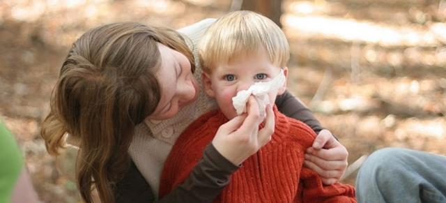 Как быстро вылечить насморк и сопли у ребенка в 2 года