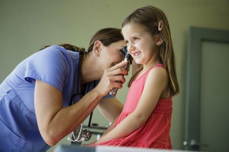 Методы и особенности лечения воспаления уха