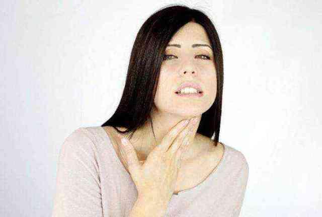 Хрипы в горле при дыхании при выдохе