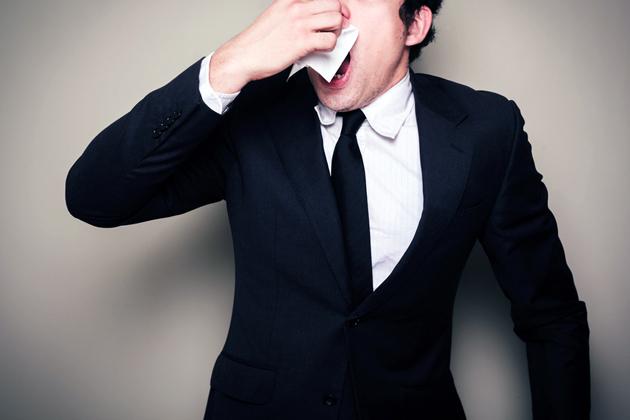Горло не болит, а кашель есть – что это такое