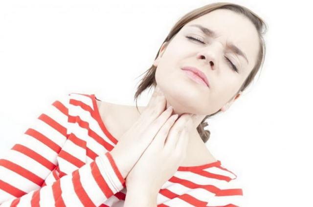 Воспаление миндалин и гланд – почему они красные и опухшие
