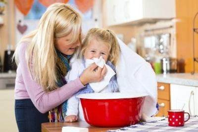 Ингаляции небулайзером при насморке у ребенка - рецепты для детей