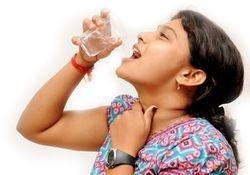 Опух язычок в горле и увеличился - причины воспаления