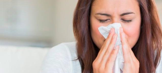 Из носа течет вода и постоянно появляется прозрачная жидкость