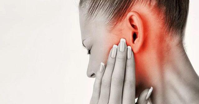 Капли для ушей: какие бывают и как их применять