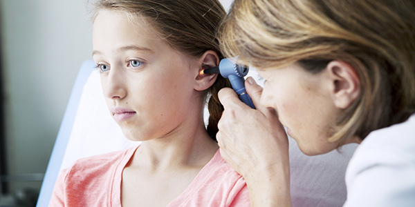 Лечение отита народными средствами в домашних условиях у взрослых