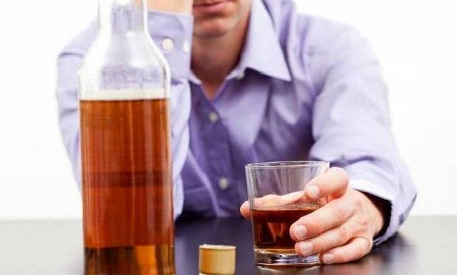Водка от боли в горле – как правильно лечить