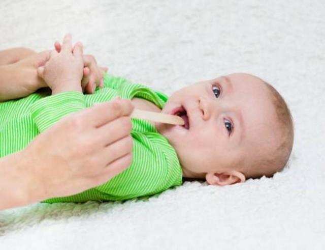 Спрей для горла для детей – лучшие аэрозоли